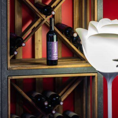 Distillerie de Pézenas - vue rapprochée vin